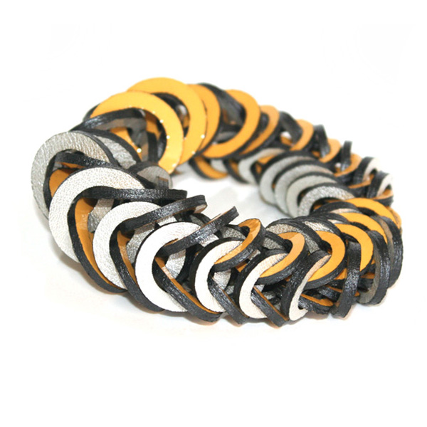 Yellow pearl silver leather bracelet by Mojiana